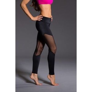 Onzie Black Track Legging with Black Mesh